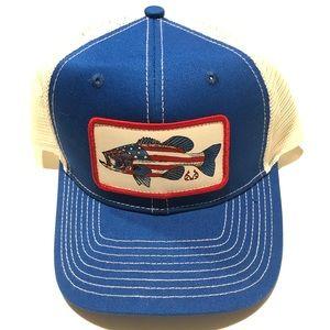 Realtree Active Fishing Snapback Mesh Trucker Hat